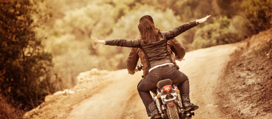 2 על אופנוע